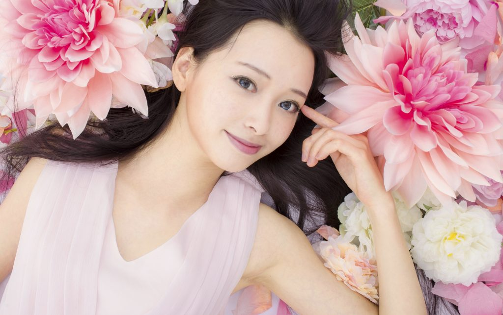 Asian beautiful Girl in flower