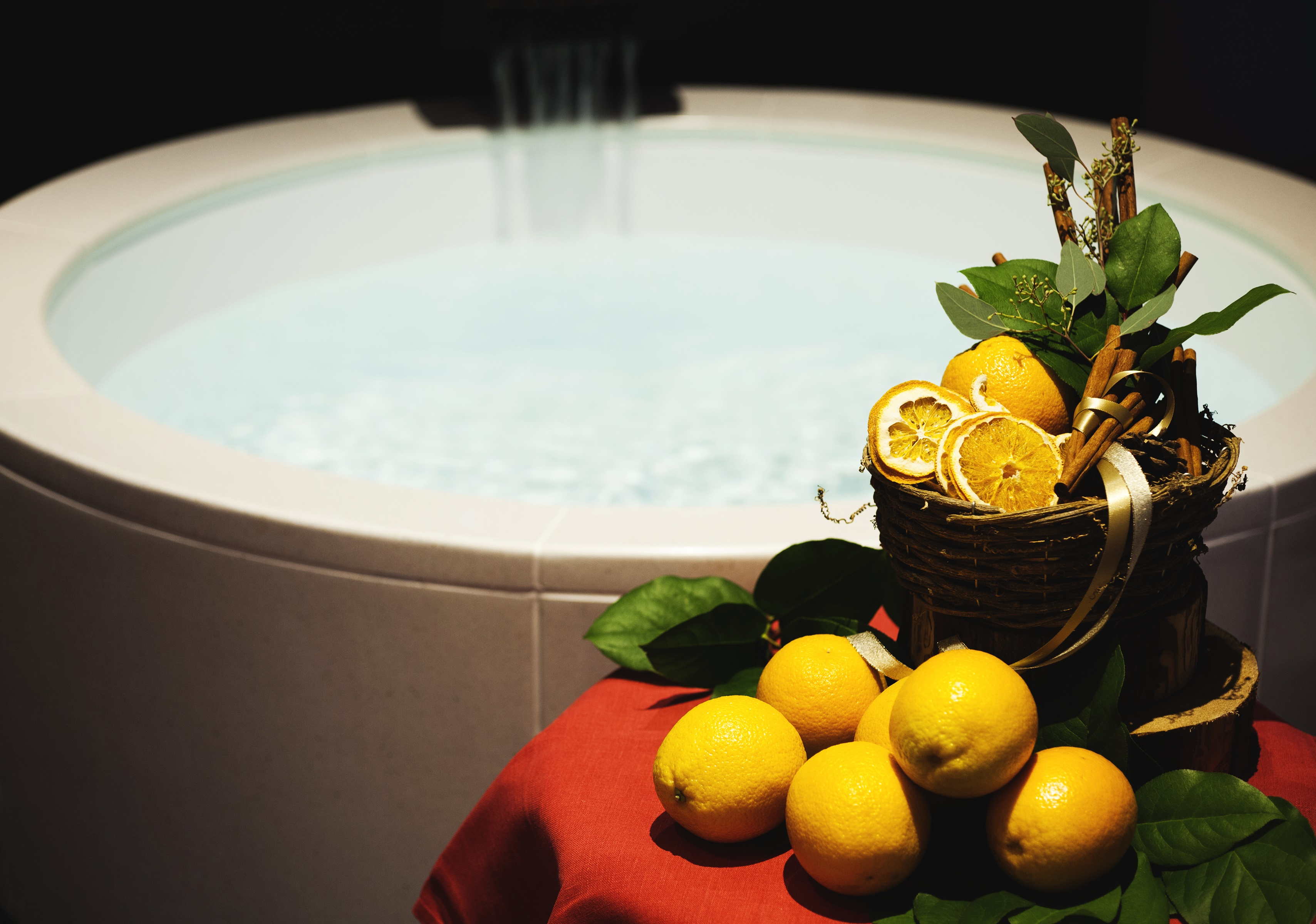 andaztokyo-aospa-2016christmas-orange-bath-2