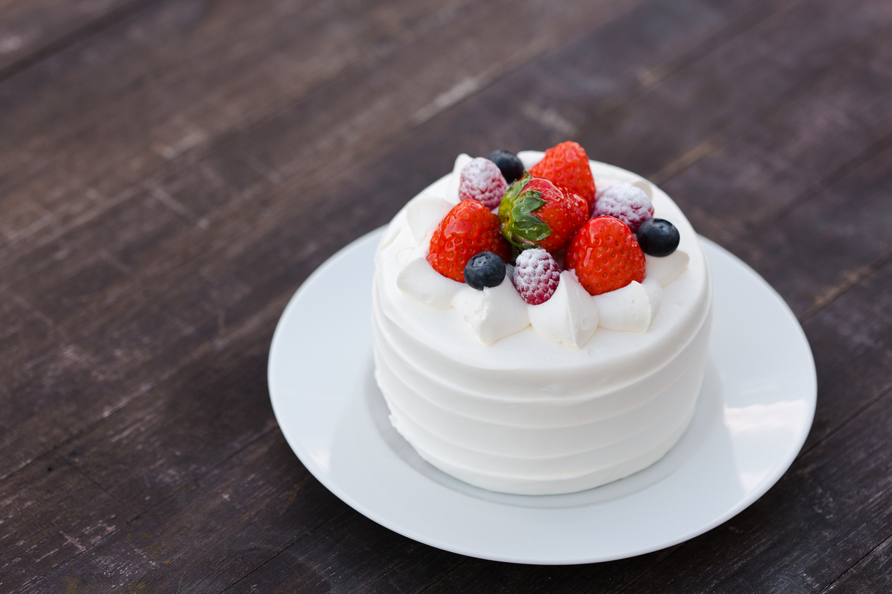 5 Festive Facts About Japanese Christmas Cake - Savvy Tokyo