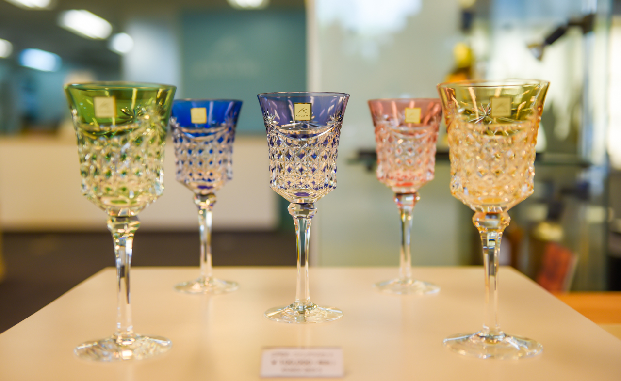 Kagami Crystal Wine Glasses